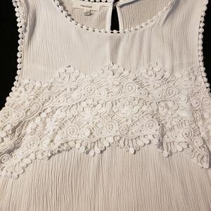 White detailed sleeveless